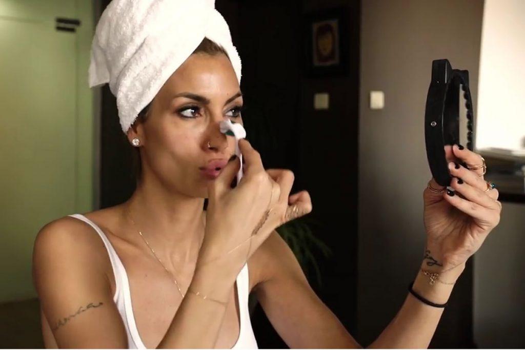 Çağla Şıkel Doğal Malzemelerle Cilt Bakımı Maskesi Tarifi