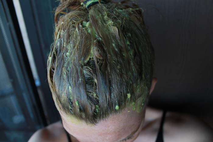 Yağlı Saçlar Yumurta Maskesi