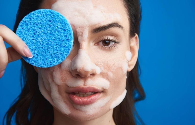 Kuru Ciltler İçin Yüz Temizleme Jeli Önerileri