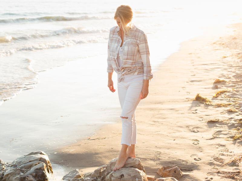 Beyaz Pantolon Altına Ne Gider