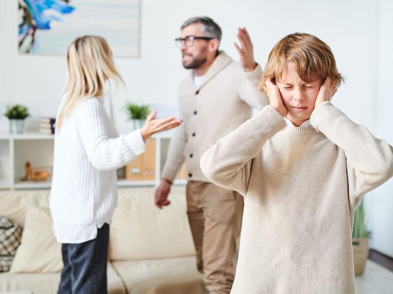 Çocuklarda Boşanmanın Etkilerini Nasıl Azaltabiliriz?
