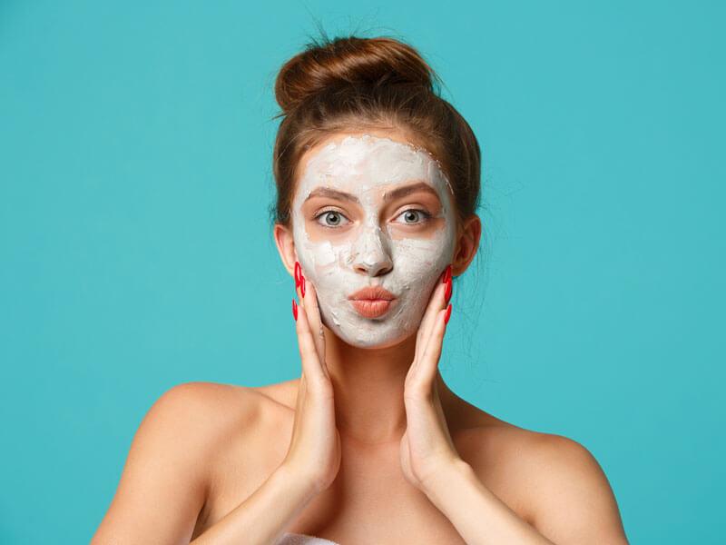 Ev Yapımı Peeling Etkili Cilt Maskesi