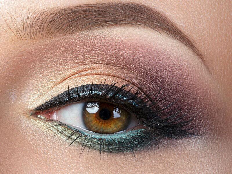 Renkli Göz Kalemleri Nasıl Kullanılır?