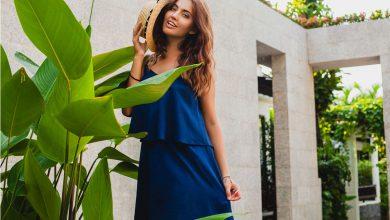 Saks Mavisi Elbise Altına Ne Renk Ayakkabı Giyilir?