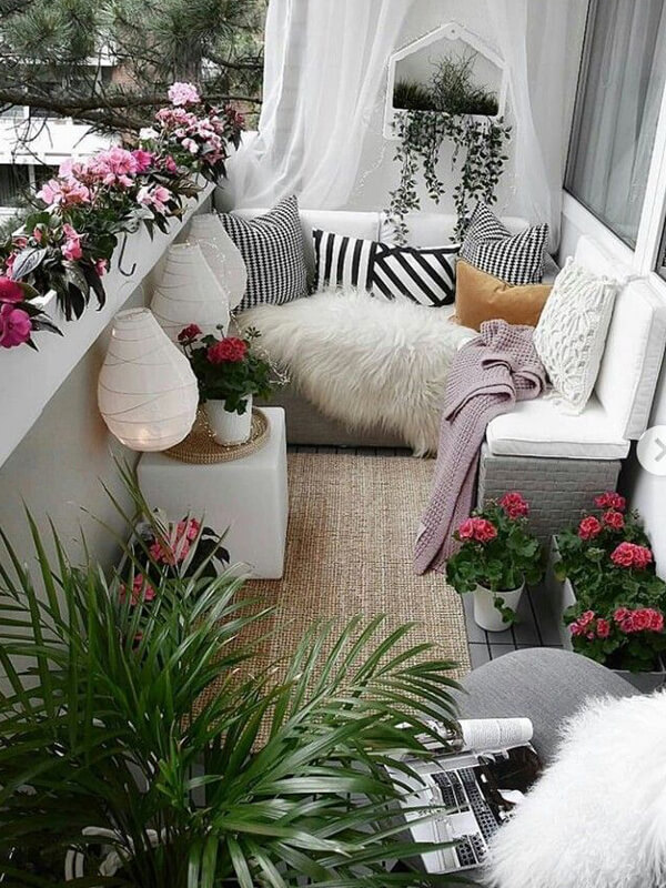 İşlevsel Balkon Mobilyası