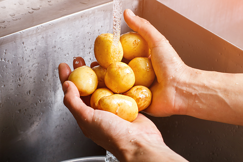 Patates Suyu Nasıl Hazırlanır? Çiğ Patates Suyu Nasıl Kullanılır?