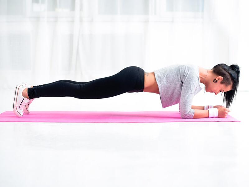 Plank Sabah Egzersizi