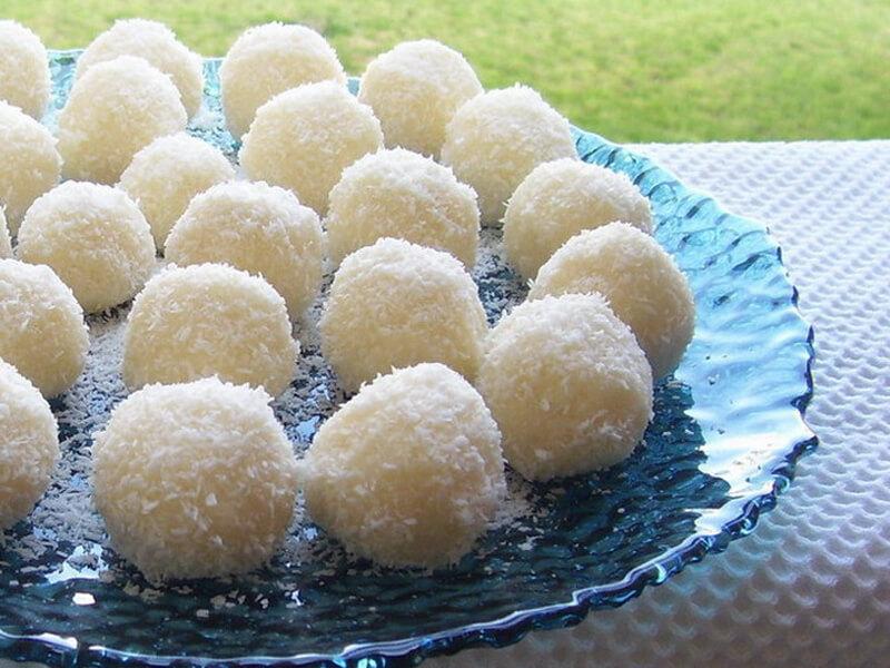 Vişneli Kartopu Pastası Tarifi Hazırlanışı