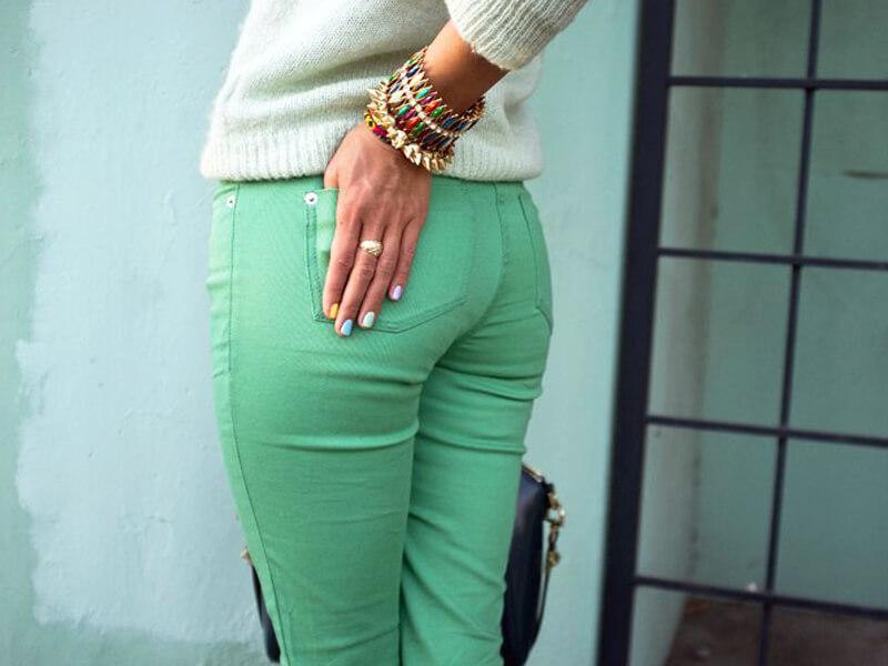 Açık yeşil kot pantolon