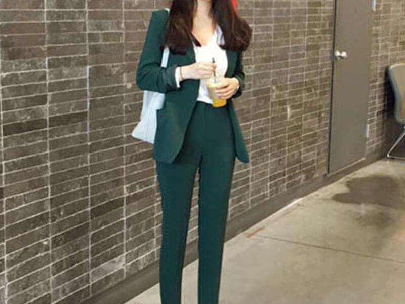 Blazer ile yeşil pantolon
