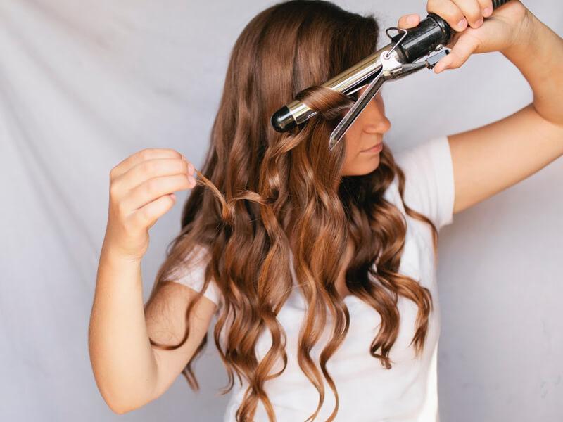 Saç Maşası ile Salaş Bukleli Saçlar