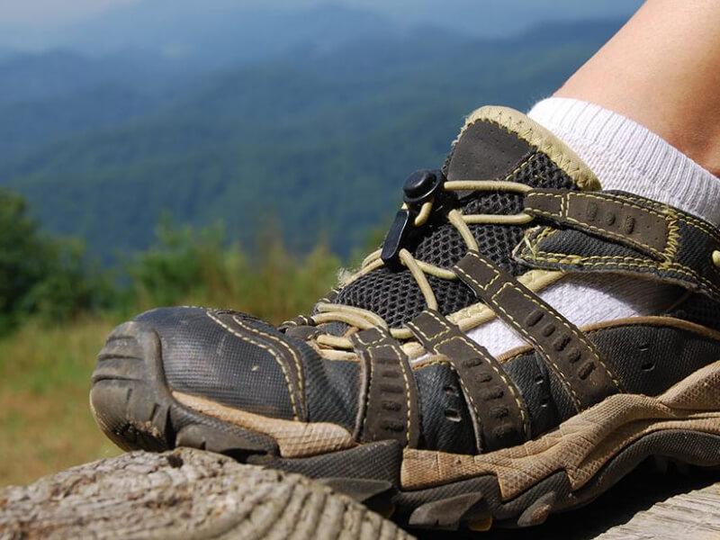 Yürüyüş ayakkabısı nasıl olmalıdır