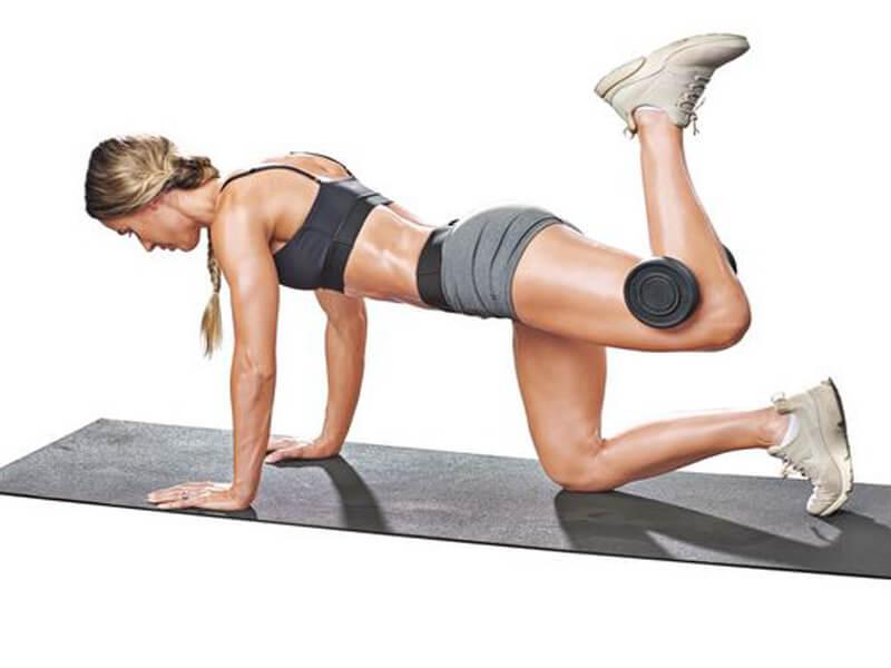 Kick Back (geriye tekme) Egzersizi