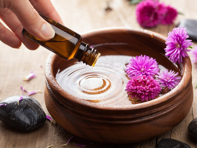 Aromaterapi ve Uçucu Yağlar Kullanın