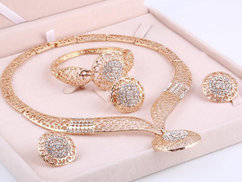 Altın Düğün Setleri