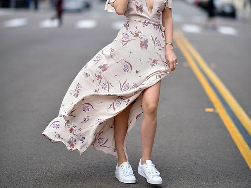 Beyaz Ayakkabı Kombin Bayan