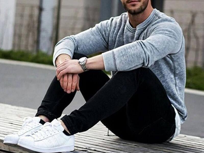 Beyaz Ayakkabı Kombini Erkek