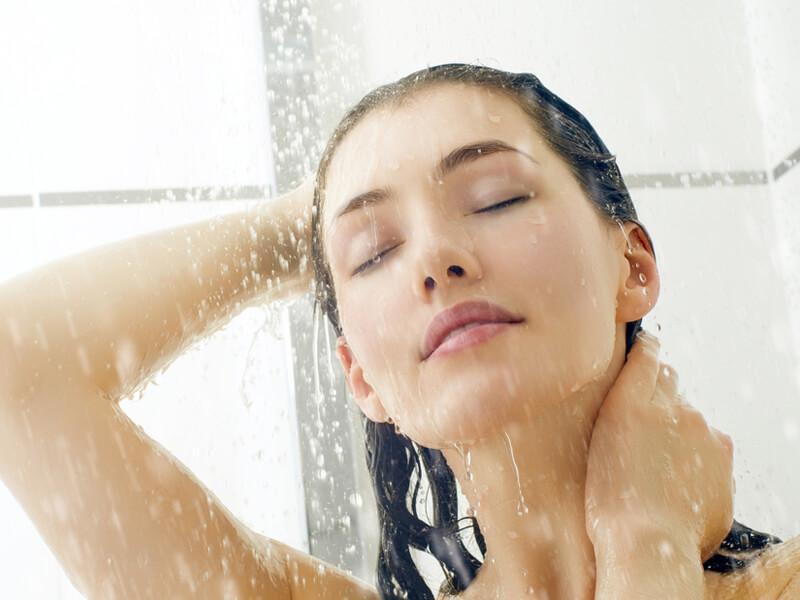 Çok terlememek için nasıl duş almalı?