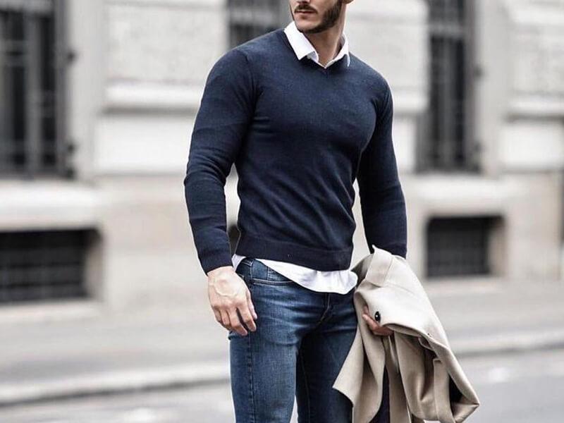 Erkeklerde Gömlek Kazak Kombinleri