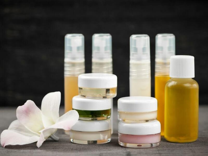 Kozmetik ürünlerinizi nasıl saklayabilirsiniz?