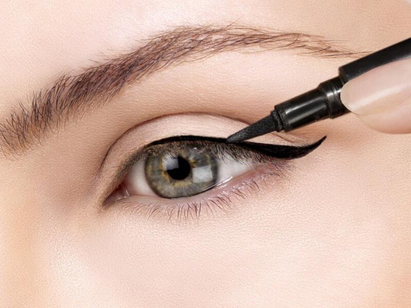 Makyaj Hileleri Gözleri Çekik Gösterme Teknikleri