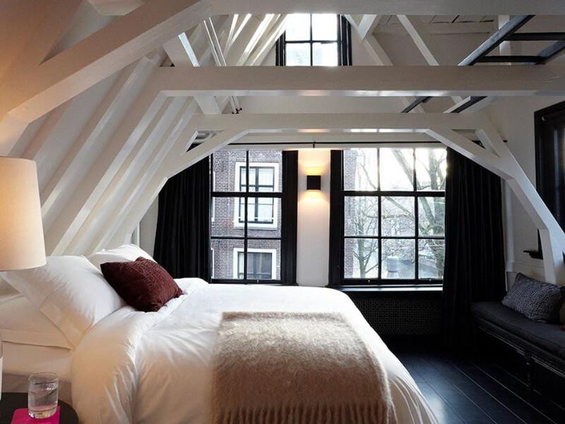 Çatı Katı Dekorasyonu Yatak Odası